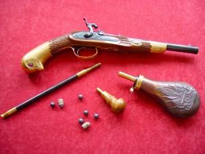 pistolj2