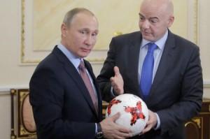 FIFA+president+Gianni+Infantino+meets+President+C-V4Ka02npol