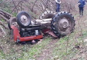 Traktor-nesreca