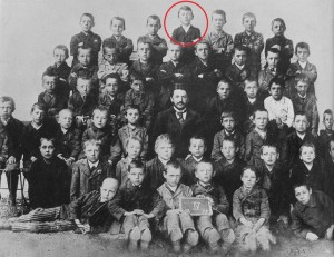 Hitler_at_school_1899-1-1024x790