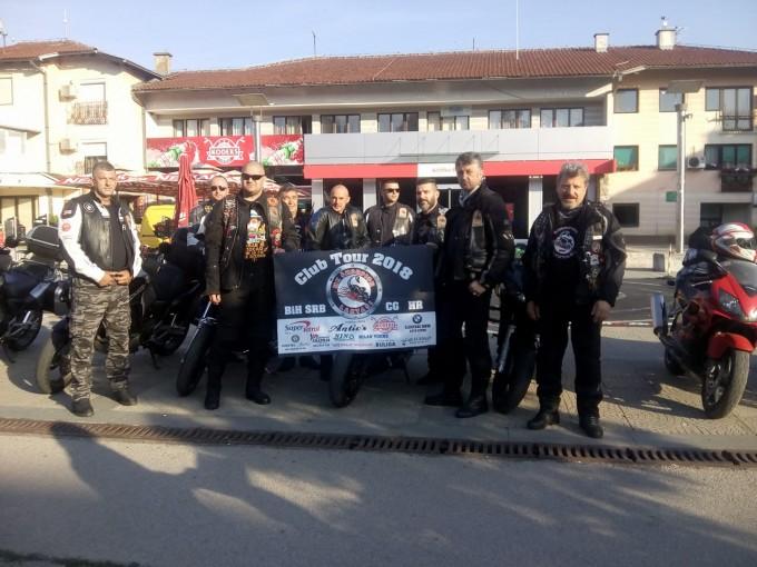 "Laktaši: Bajkeri Moto kluba ""Škorpion"" krenuli jutros na promotivno putovanje"
