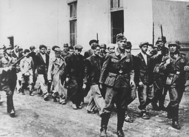"""Lebac sutra nemojte poslati"": Dirljive POSLEDNJE PORUKE koje su Kragujevčani poslali pred streljanje"