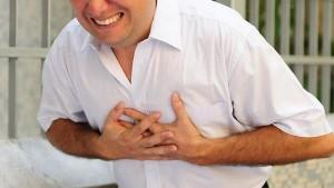 Kako-prepoznati-srcani-udar