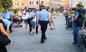 policija-Hram-Hrusta-Spasitelja-hapsenje2-Foto-privatna-arhiva-screenshot-Facebook