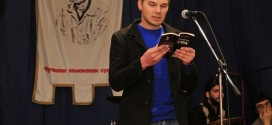 ПОДРЖИМО НАШЕГ ПЈЕСНИКА Миле Лисица промовише своје збирке поезије