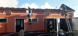 Laktaši: U potpunosti izgorjela štala