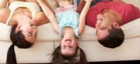 """""""MAMA,TATA DOSADNO MI JE!"""" 5 naših omiljenih zabavnih igara koje može da igra cijela porodica"""