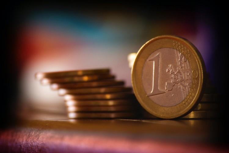 """""""Lansirana"""" kovanica od evro i po"""
