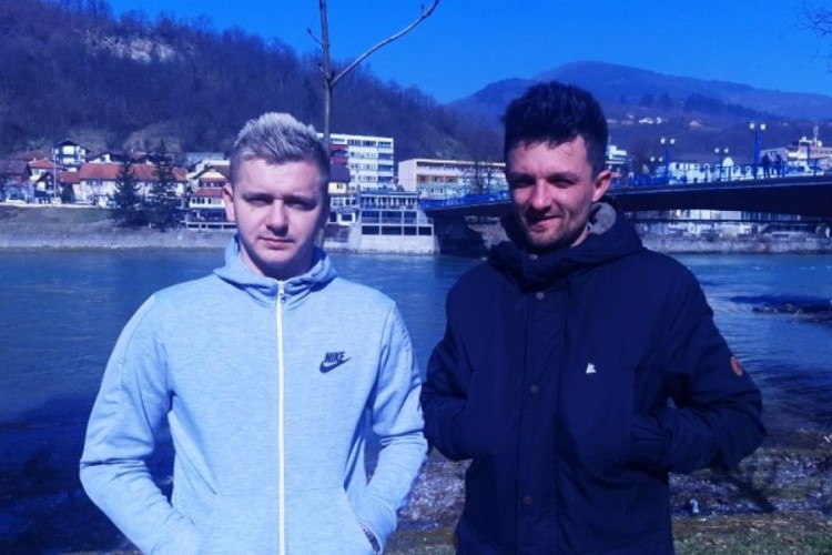 Kajakaši heroji spasili tinejdžerku iz hladne Drine